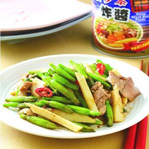 綠金針炒肉片