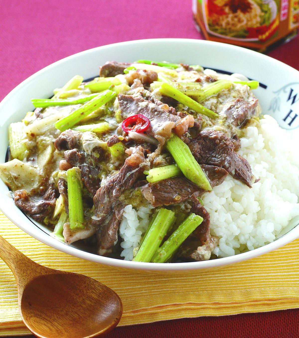 食譜:香椿牛肉滑蛋燴飯