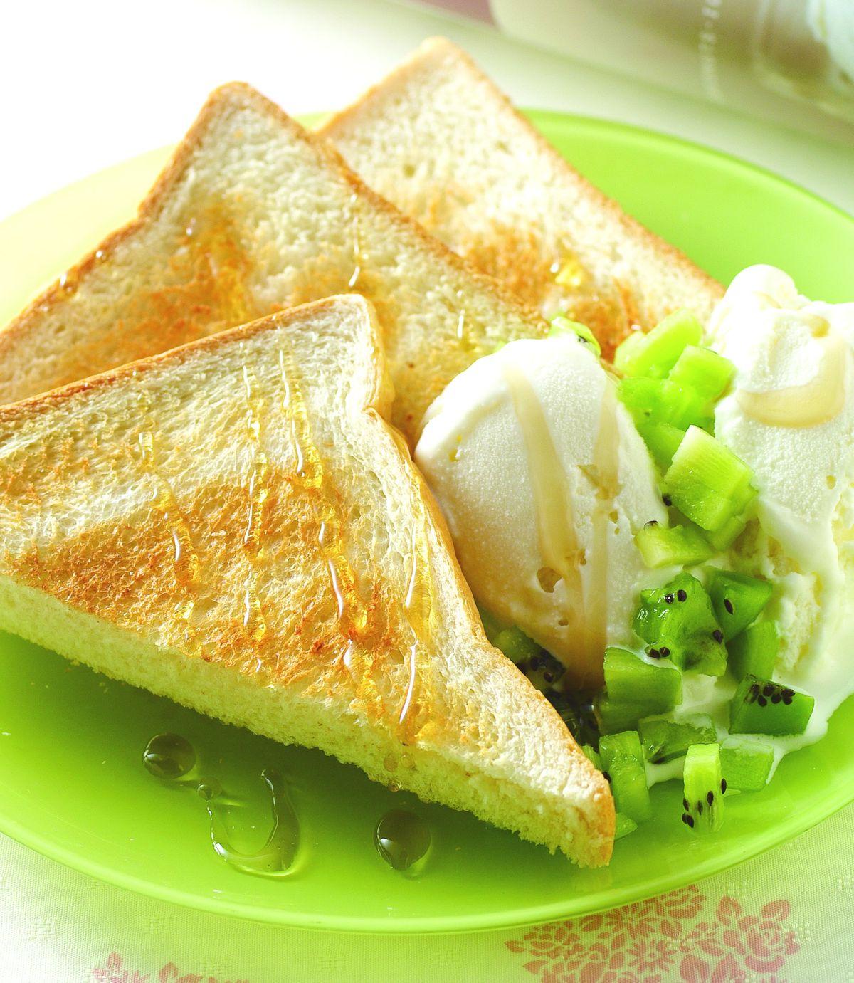 食譜:冰淇淋蜂蜜土司(1)