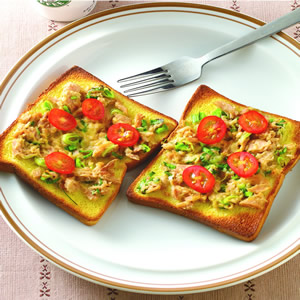 蒜苗鮪魚烤土司