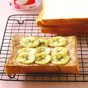 香蕉花生醬土司(1)