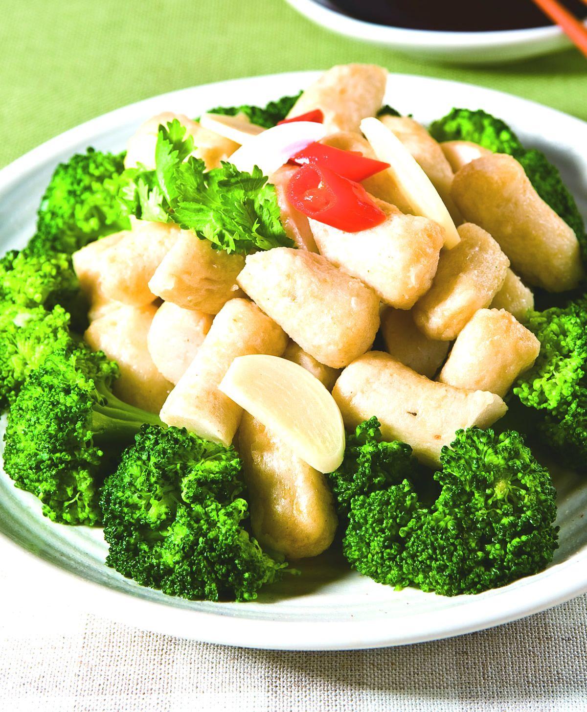 食譜:綠花椰炒甜不辣