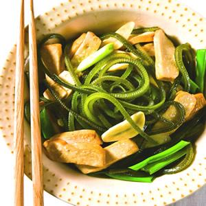 豆乾炒海帶絲