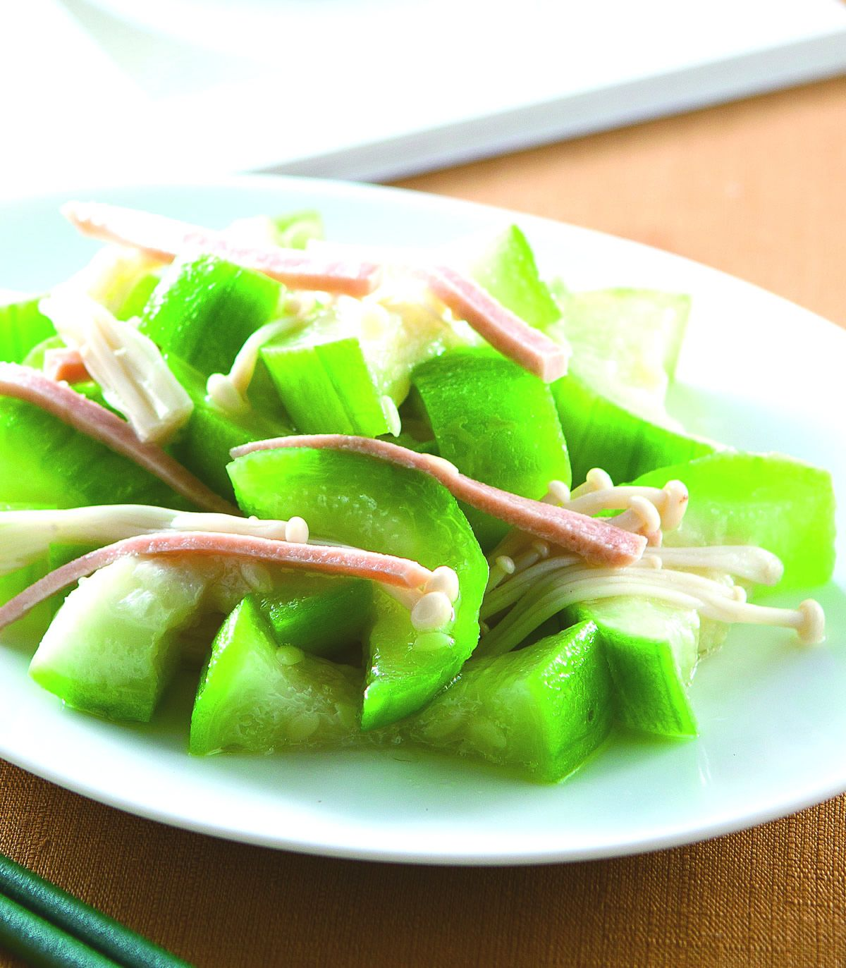 食譜:絲瓜蒸金針菇