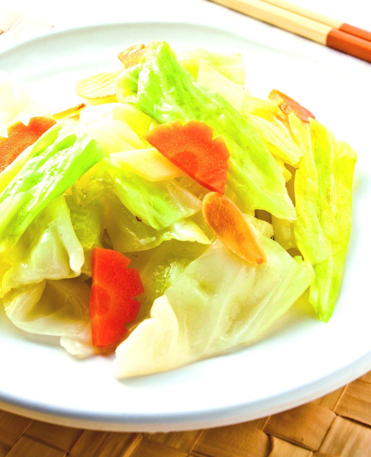 食譜:杏仁薑片高麗菜