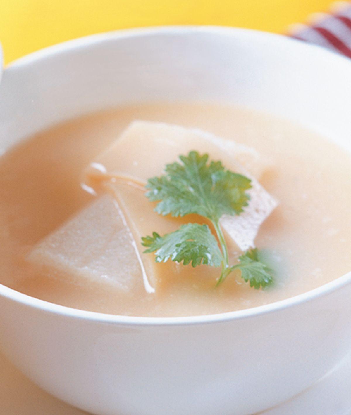 食譜:鯊魚軟骨湯