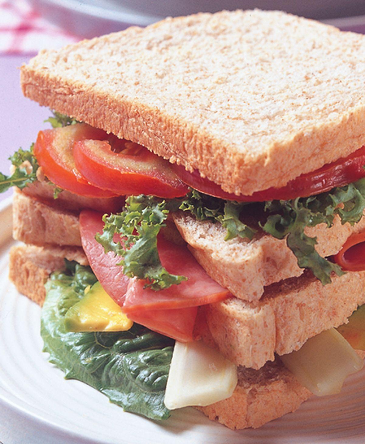 食譜:總匯三明治(4)